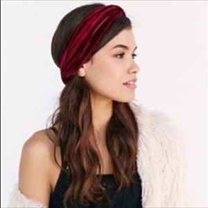 American Eagle Outfitters Red Velvet Headwrap